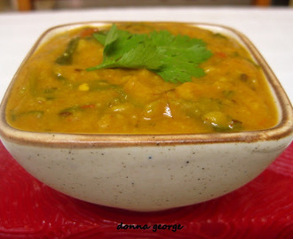 Lasooni Dal Palak - Garlicky Lentils with Spinach