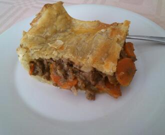 Meat and Carrot British Pie