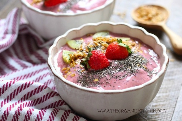 Strawberry Smoothie Bowls with Chia