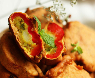 Stuffed Capsicum Pakoda or Pakora Recipe | Spicy Potato Stuffed Bell Pepper Fritter