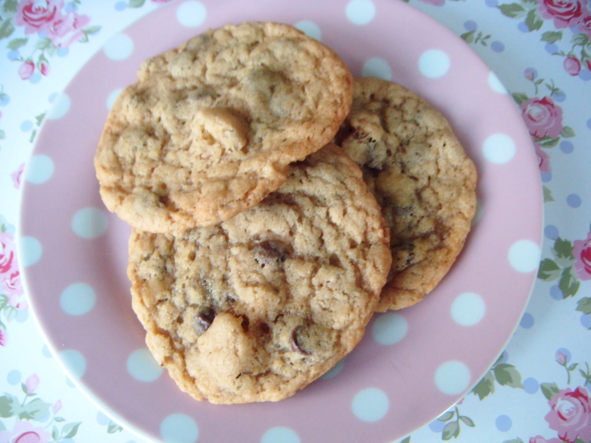 Chewy Chocolate Chip & Walnut Cookies (Vegan)