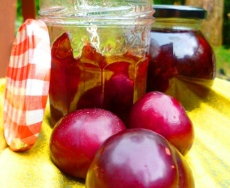 a jam for gluttons, all year around: plum jam
