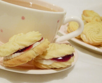 Little Viennese Whirl Cookies / Biscuits