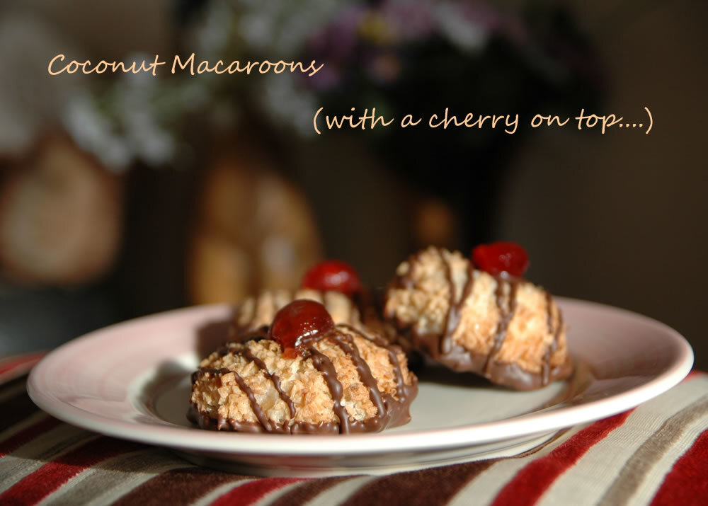 Coconut Macaroons (NOT Macarons !) - The Cookie Type