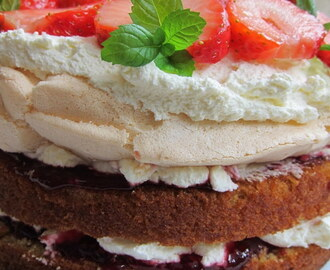 Strawberry mallow cake - recipe