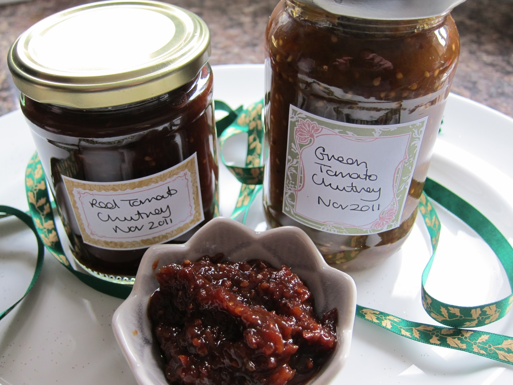 Red & Green tomato chutneys - recipe - book review