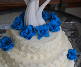Buttercream winter wedding cake.