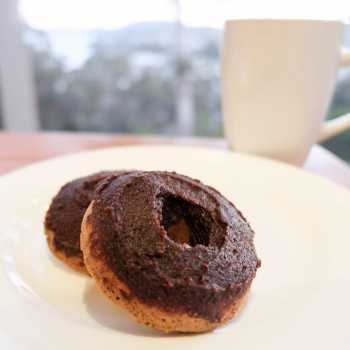 Low Carb High Fat (LCHF) Nutella Donuts