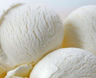 Vanilla Ice Cream in 5 Minutes