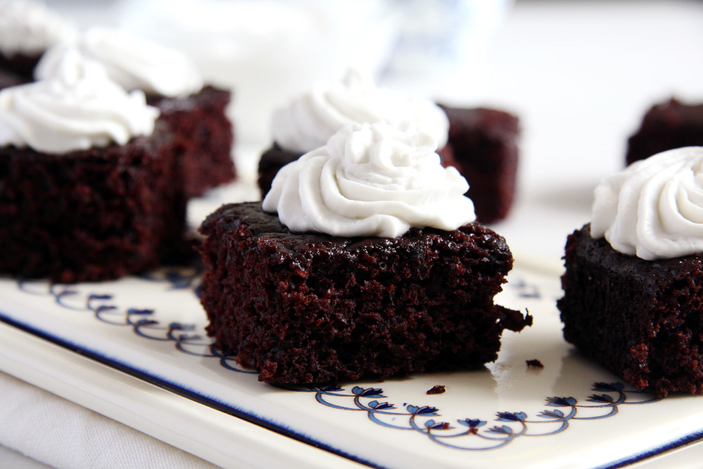 Vegan Brownies with Coconut Cream