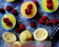 Mini-cheesecakes with lemon curd and raspberries