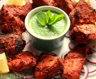 Grilled Chicken Tikka with Mint Chutney