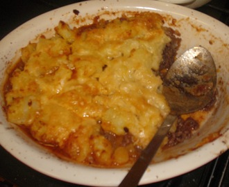 Decadent Rosemary and Worcestershire sauce cottage pie.