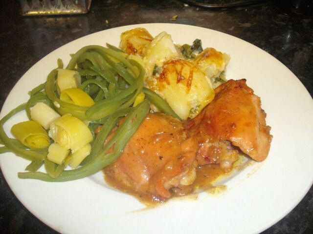 St Tropez chicken, smashed potato gratin and green beans