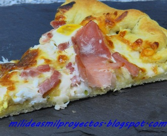 PIZZA DE JAMON Y QUESO CON SORPRESA