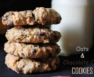 Eggless Oats & Chocolate Chip Cookies