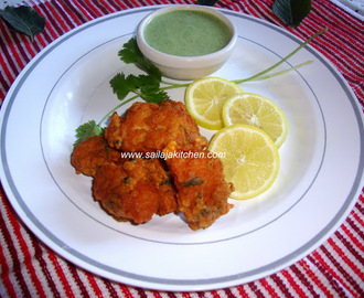 Fish Pakora Recipe / Indian Style Battered Spicy Fish Pakora / Spicy Fish Fritters /  Machli Pakora Recipe