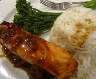 Salmon with chilli ginger sauce