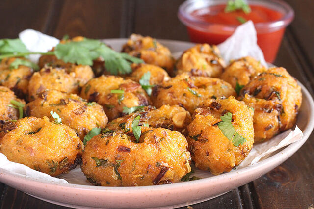 LEFTOVER RICE FRITTERS