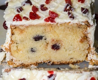 Cranberry and Mascarpone Cake