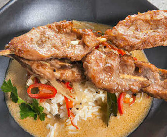 Pork Skewers with Rice in Coconut Broth
