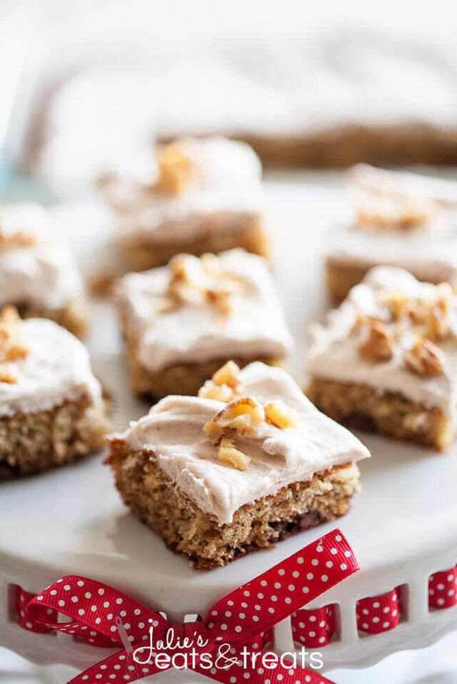 Banana Nut Bars with Cinnamon Cream Cheese Frosting