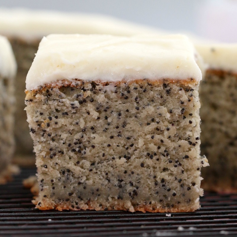Easy Banana & Poppyseed Cake with Vanilla Frosting