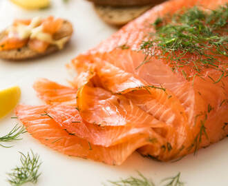 Cured Salmon Gravlax (crazy easy!)