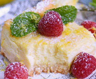 Lemon Cheesecake Bars + GIVEAWAY!