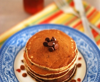 Eggless Banana Oats Choco Chip Pancake