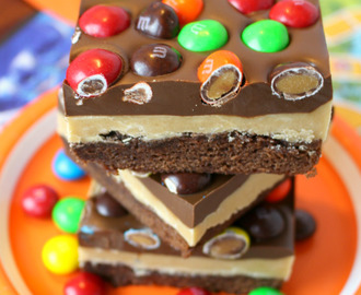 Dessert Recipes: Peanut Butter Brownie Bars {Linky Party}