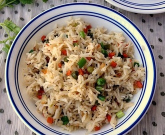 Vegetable fried rice | Easy Lunchbox recipes