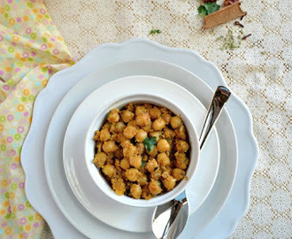 Konda kadalai Pirattal/Chick Peas Dry Curry ~ Vegan Thursday