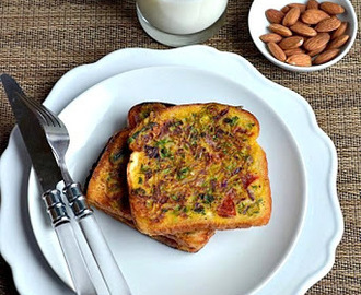 Besan Toast/Eggless Savory French Toast