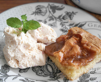 Blondies med caramel topping