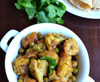 Aloo Gobi/Cauliflower and Potato Curry