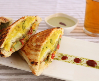 2 In 1 Vegetable And Mashed Potato Grilled Sandwich