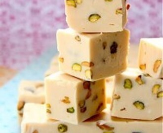 Baileys Irish Cream and Pistachio Fudge