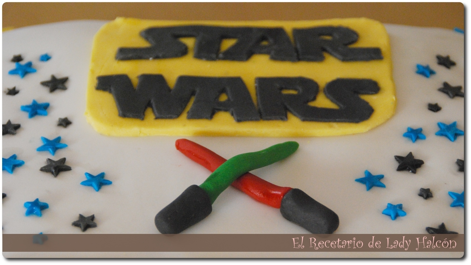 Tarta de chocolates y fondant Star Wars