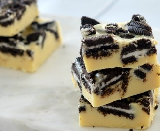 Three Ingredient Cookies and Cream Fudge