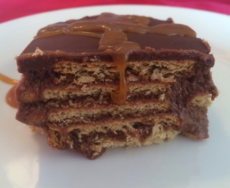 TARTA DE GALLETAS CON CHOCOLATE Y TOFFEE.