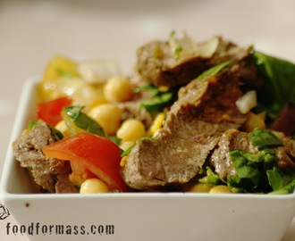 Chickpea Salad With Fillet Steak