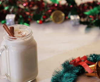 Christmas Eggnog Recipe – Homemade Rum & Whiskey Mixed Drink
