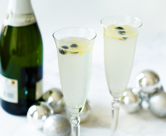 Gin-champagne cocktail