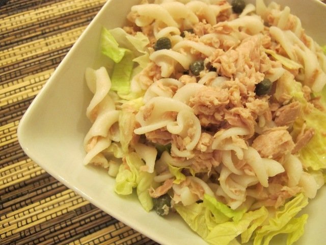 Simple tuna & pasta salad