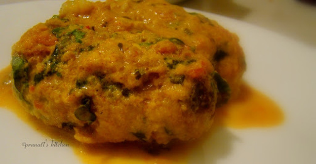 Veg Kofta curry with creamy thick gravy.