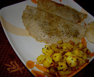 dosa (Stuffed with Jaggery & cocunut)