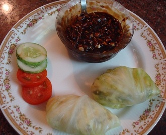 Cabbage And Paneer Momos