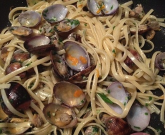 Spaghetti alle vongole al profumo di arancia – Spaghetti with clams and orange