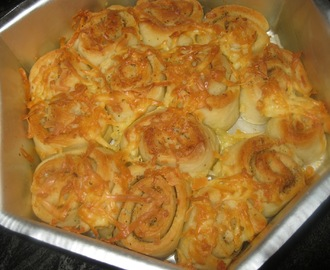 Cheese and Garlic Rolls -